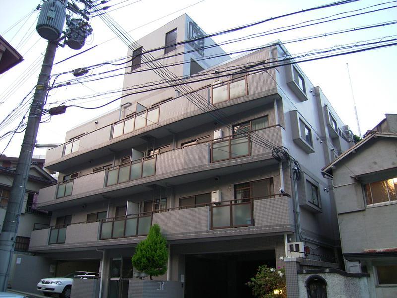 物件番号: 1025864502 サンビルダー新神戸  神戸市中央区熊内町9丁目 2LDK マンション 外観画像