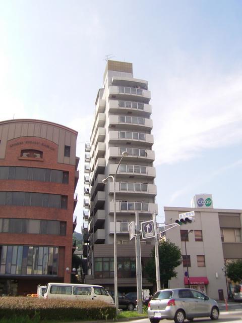 物件番号: 1025868010 グランドメゾン中山手  神戸市中央区中山手通4丁目 3LDK マンション 外観画像