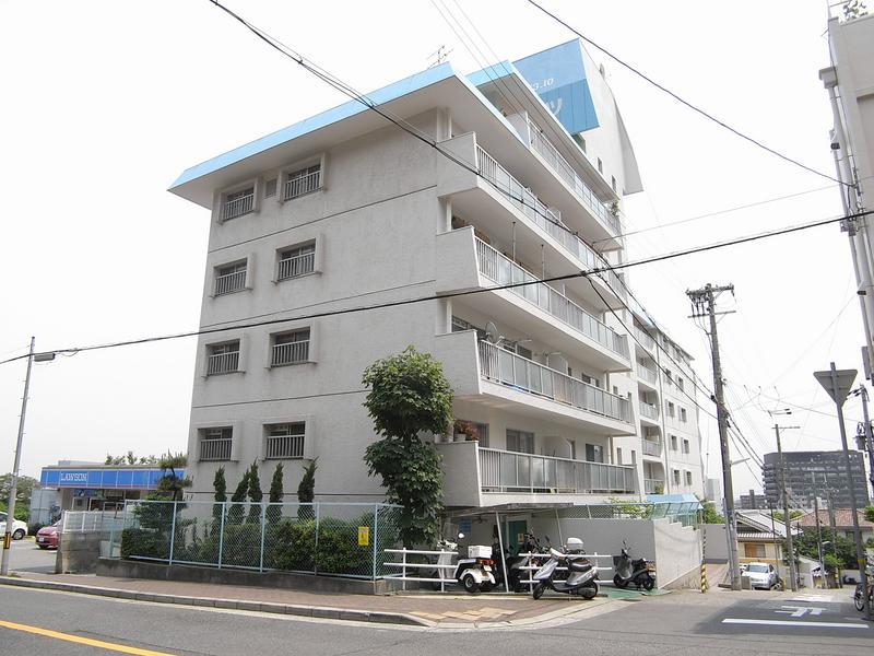 物件番号: 1025874310 諏訪山スカイハイツ  神戸市中央区山本通4丁目 2LDK マンション 外観画像