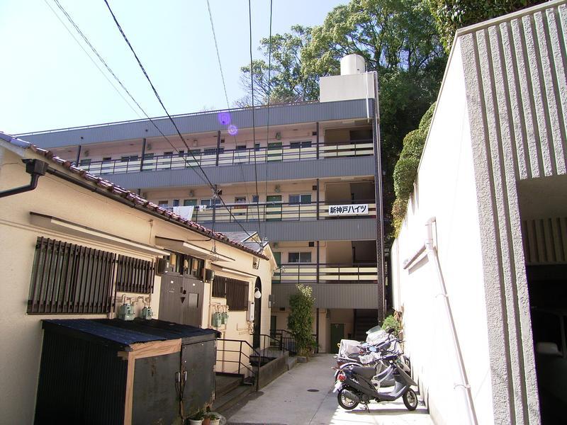 物件番号: 1025875535 新神戸ハイツ  神戸市中央区熊内町5丁目 2DK マンション 外観画像