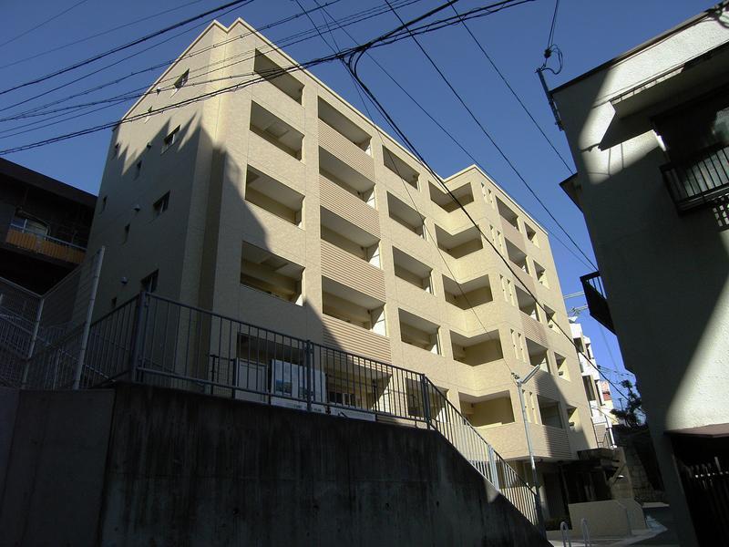 ウォームスヴィル神戸元町JP 204の外観