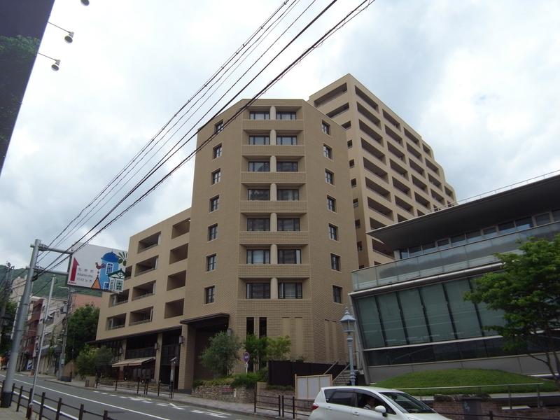 物件番号: 1025865892 ワコーレ ザ・トアロードレジデンス  神戸市中央区中山手通2丁目 2LDK マンション 外観画像