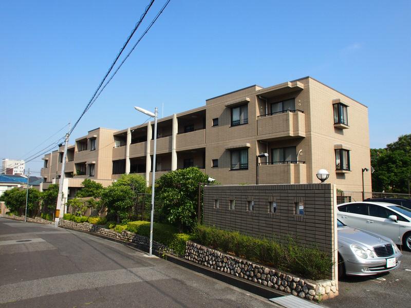 物件番号: 1025871624 アマビリタ アパートメント  神戸市東灘区西岡本5丁目 3LDK マンション 外観画像