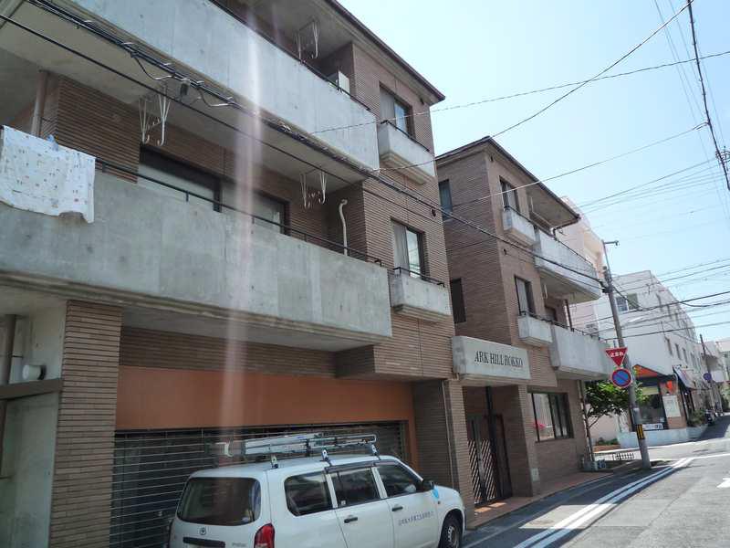 物件番号: 1025872189 アークヒル六甲  神戸市灘区八幡町1丁目 3LDK マンション 外観画像